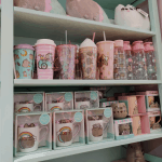 Cups and plushes at the Pusheen x ARTBOX store