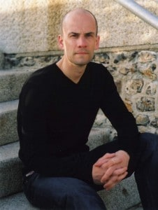 Simon Lelic, the author of The Search Party